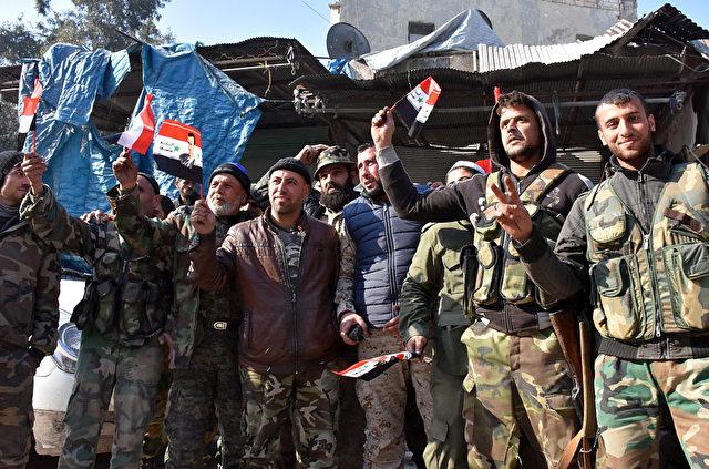 Pro-Regierungskämpfer in Aleppo, Syrien. 10. Dezember 2016. Foto: GEORGE OURFALIAN/AFP/Getty Images