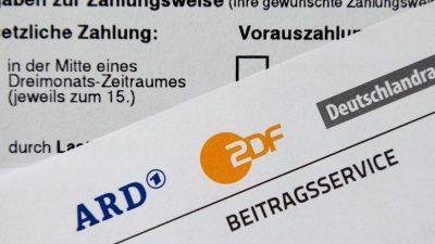 """Streitfall Rundfunkbeitrag: Vom """"Grundfunk"""" der AfD bis zur pluralistischen Vielfalt der Grünen"""