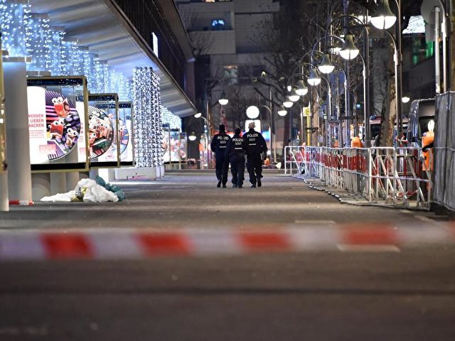 Die Berliner Polizei hat nach eigenen Angaben mehr als 500 Hinweise zu dem Anschlag erhalten. Foto:Britta Pedersen/dpa