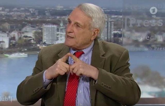 """Josef Joffe, Herausgeber der """"Zeit"""" am 22. Januar 2017 im ARD Presseclub"""