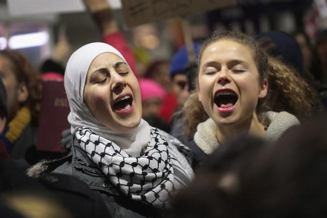 Proteste gegen den Einreisestopp in den USA. Foto: Spencer Platt/Getty Images