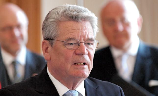 Gauck kritisiert bei Lanz Hysterie gegen Rechts – beklagt Integrationsdefizite bei Muslimen