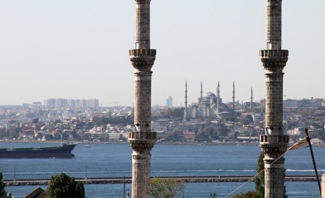 Viele Tote bei Anschlag auf Nachtclub in Istanbul