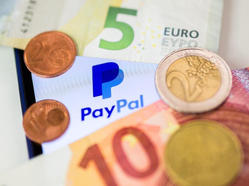 KORREKTUR von. Verbraucherschützer kritisieren Speicherung von Fingerabdrücken bei Paypal