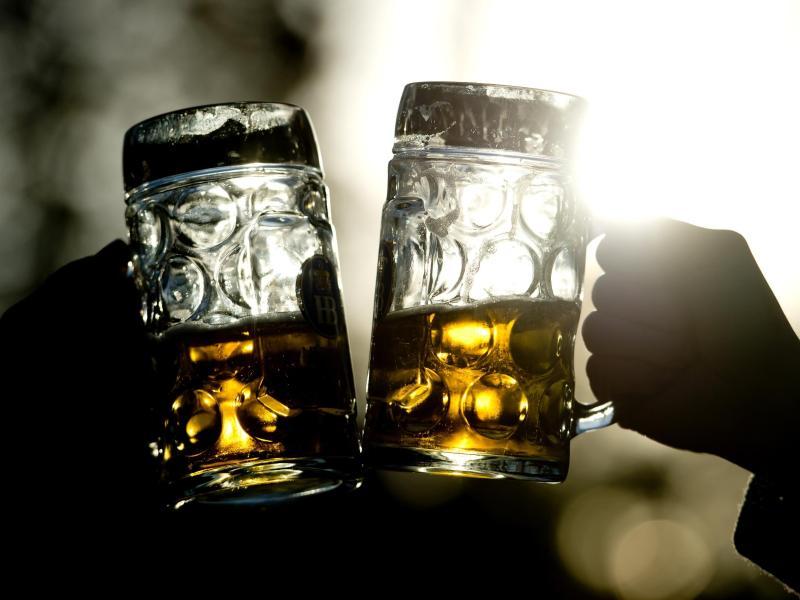 Die Deutschen kaufen weniger Bier – Biermischungen machen 1,2 Prozent des Absatzes aus
