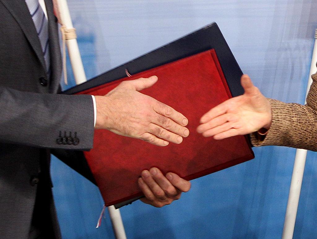 SPD-Fraktion legt Gesetzentwurf zu Managergehältern vor