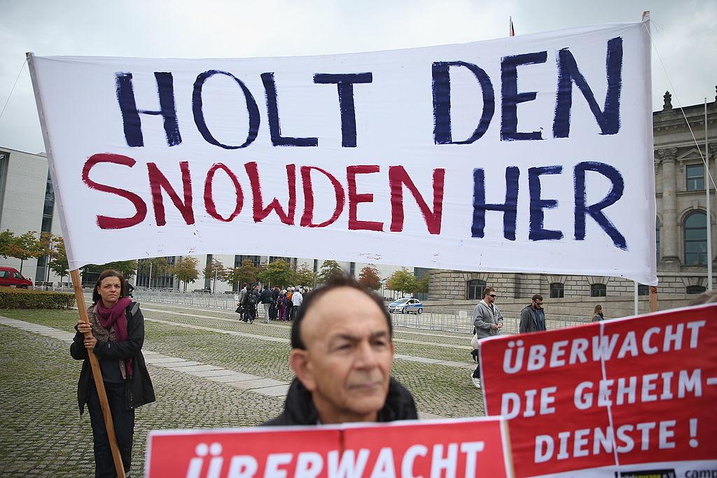 """""""Snowden hat recht"""": Bundesregierung stuft Erkenntnisse über Massenüberwachung als geheim ein"""