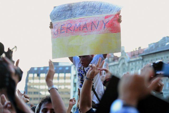 Deutschland, das gelobte Land für Flüchtlinge und Migranten. Foto: ATTILA KISBENEDEK/AFP/Getty Images