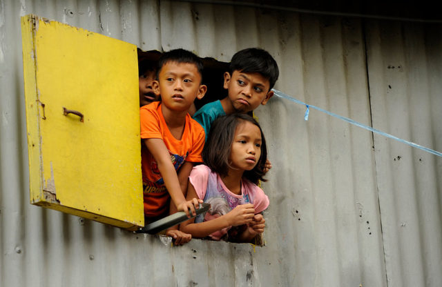 Kinder auf den Philippinen (Symbolbild) Foto: NOEL CELIS/AFP/Getty Images