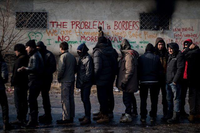 Flüchtlinge am Balkan. 27. Januar 2017. (Symbolbild) Foto: ANDREJ ISAKOVIC/AFP/Getty Images