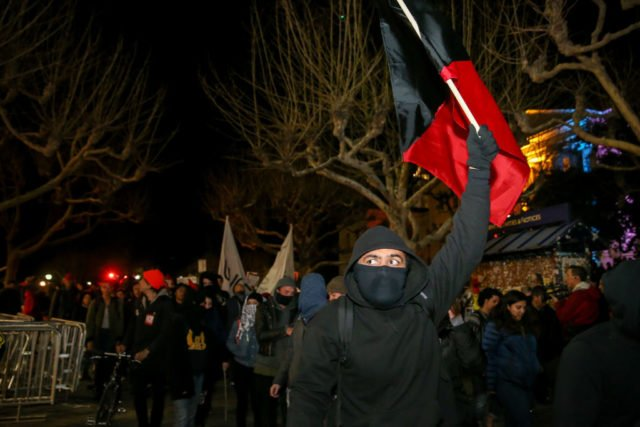 Anti-Trump-Demonstration in der Universität Berkeley, Kalifornien. 1. Februar 2017. Foto: Elijah Nouvelage/Getty Images
