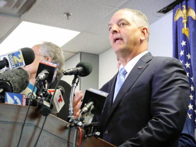 Louisianas Gouverneur John Bel Edward, hier bei einer Pressekonferenz im Sommer 2016, hat für den Bundesstaat den Notstand ausgerufen. Foto: Dan Anderson/dpa