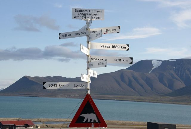 A picture taken on July 20, 2015 shows a signpost and a polar bear warning sign at the Longyearbyen airport. AFP PHOTO / DOMINIQUE FAGET        (Photo credit should read DOMINIQUE FAGET/AFP/Getty Images)