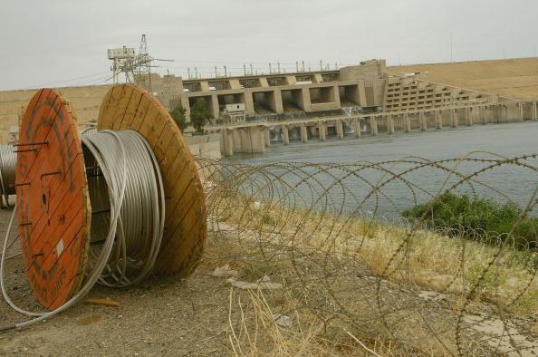 Größter Staudamm Syriens nach schweren Angriffen außer Betrieb