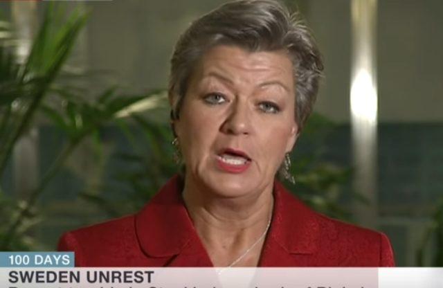 Schwedens Integrationsministerin Ylva Johansson musste Aussagen aus einem BBC-Interview revidieren. Foto: Screenshot / Youtube / BBC