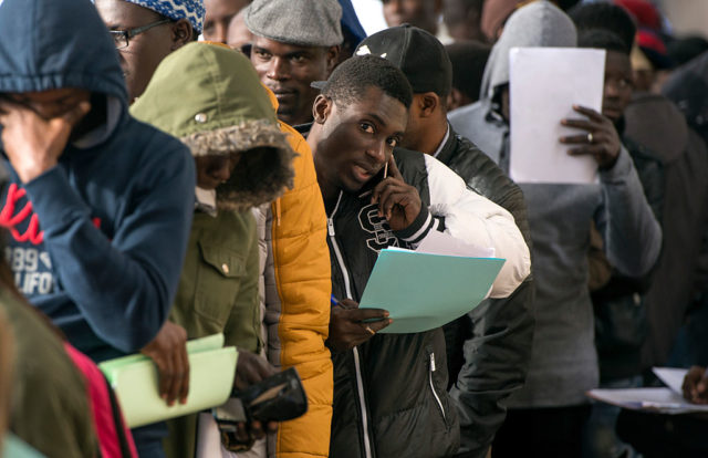 Flüchtlinge und Migranten in Marokko Foto: FADEL SENNA/AFP/Getty Images)