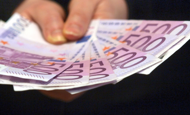 Kardinal Marx fordert höhere Steuern auf Vermögen – Finanzminister Schäuble will Entlastung für Mittelschicht