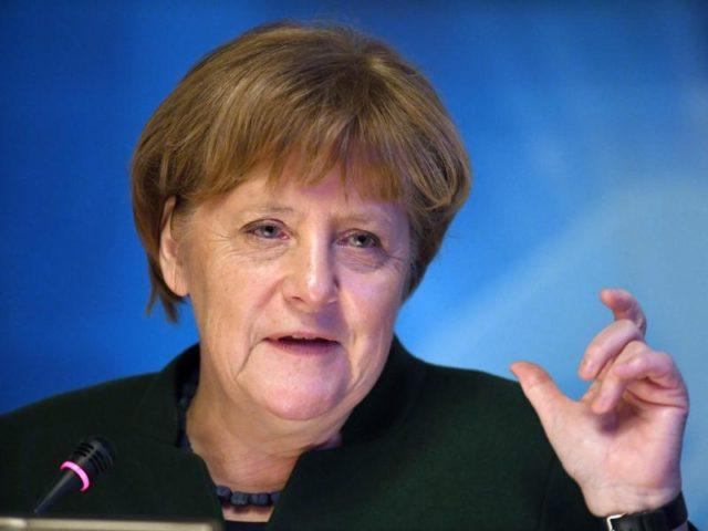 Bundeskanzlerin Angela Merkel in Stralsund auf dem Jahresempfang des Wirtschaftsrates der CDU. Foto:Stefan Sauer/dpa
