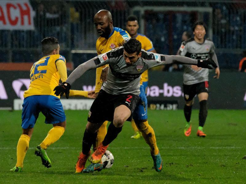 VfB kämpft mit einem Mann weniger und dem Großkreutz-Thema
