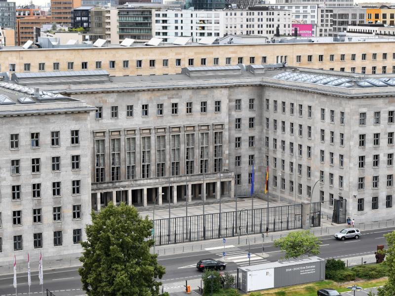 Paket mit explosivem Inhalt im Finanzministerium abgefangen
