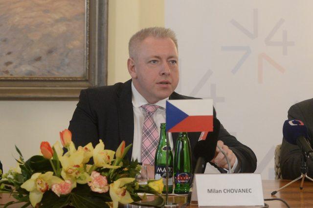 Tschechiens Innenminister Milan Chovanec hat den Ausstieg aus der EU-Umverteilungsquote angekündigt.Foto: MICHAL CIZEK/AFP/Getty Images