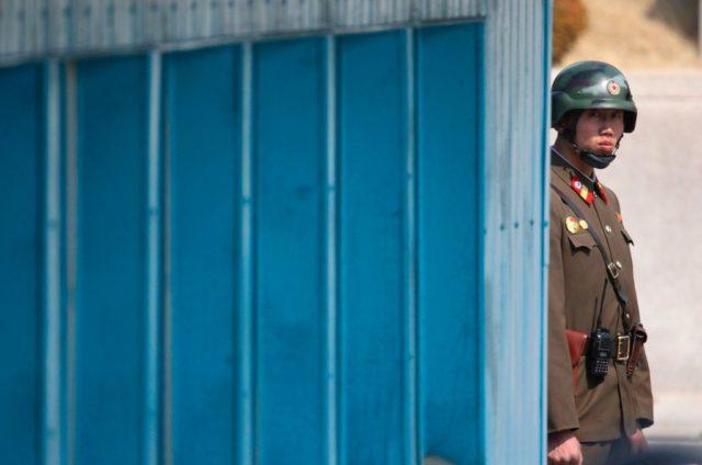 Der Konflikt zwischen Nordkorea und den USA spitzt sich zu. Foto: LEE JIN-MAN/AFP/Getty Images