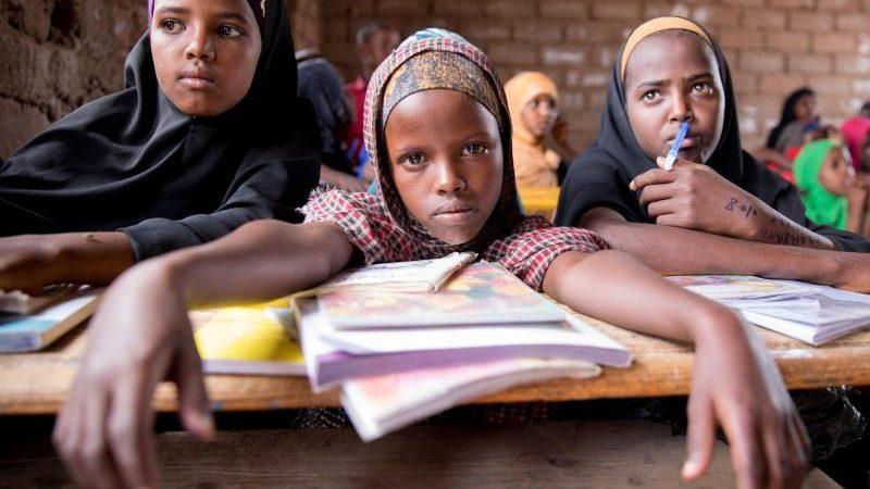 Verbrechen Gegen Minderjahrige Athiopien Verbietet Adoption Von