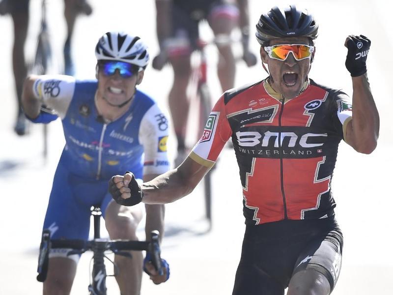 Van Avermaet gewinnt Klassiker Paris-Roubaix