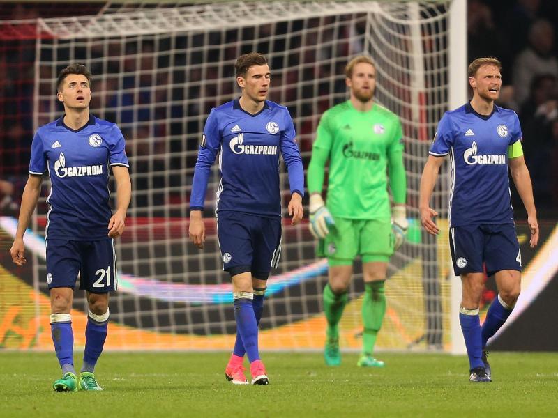 Ajax besiegt hochverdient Schalke mit 2:0