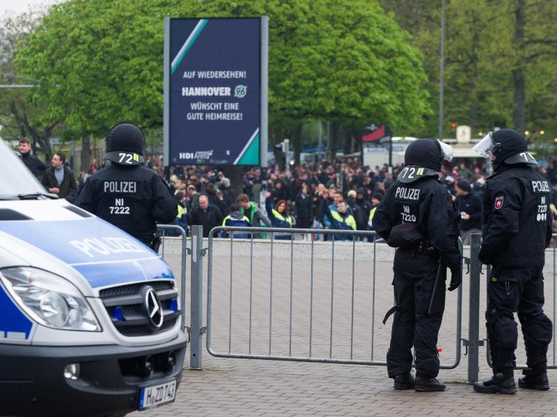 Erste Auseinandersetzungen vor Niedersachsen-Derby