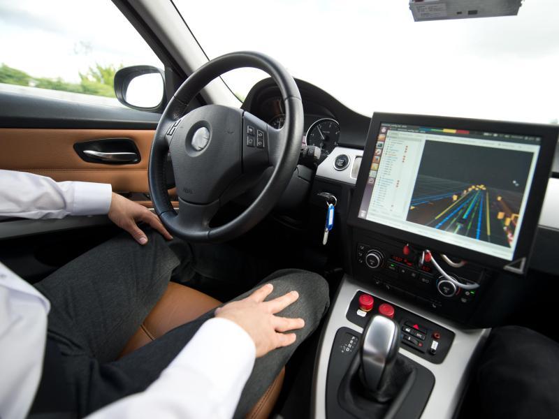 Autos ohne Fahrer: Deutschland soll Vorreiter beim autonomen Fahren werden