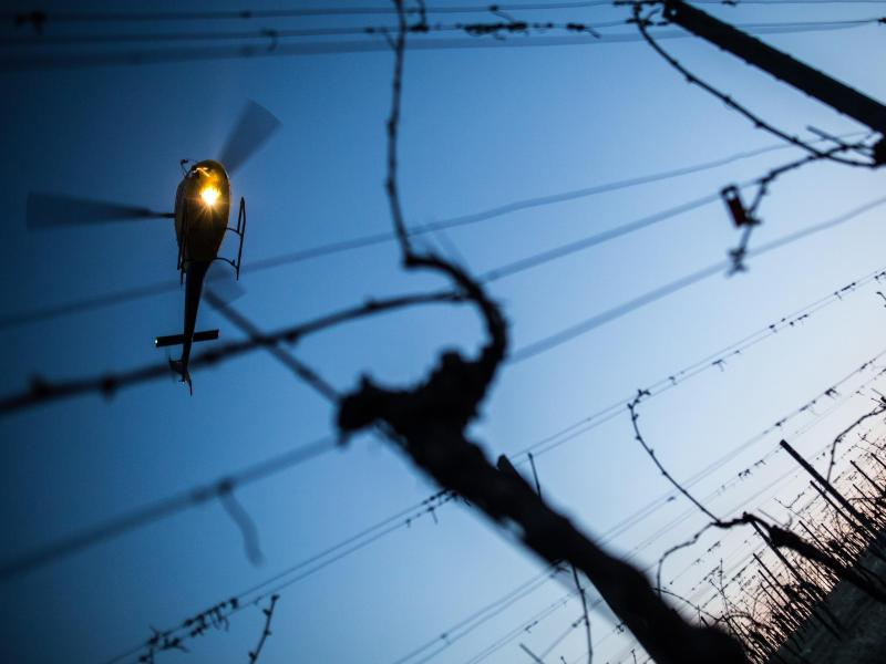 Erneute Flucht: Frankreichs #1-Verbrecher per Hubschrauber entkommen – Fahndung mit 3.000 Beamten