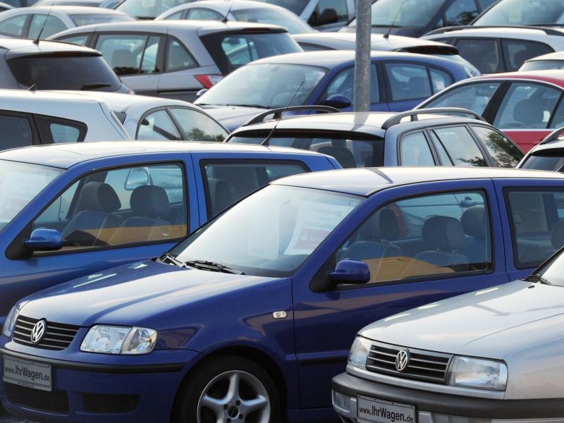 Bouffier bekräftigt Forderung nach Hardware-Nachrüstungen für ältere Dieselautos