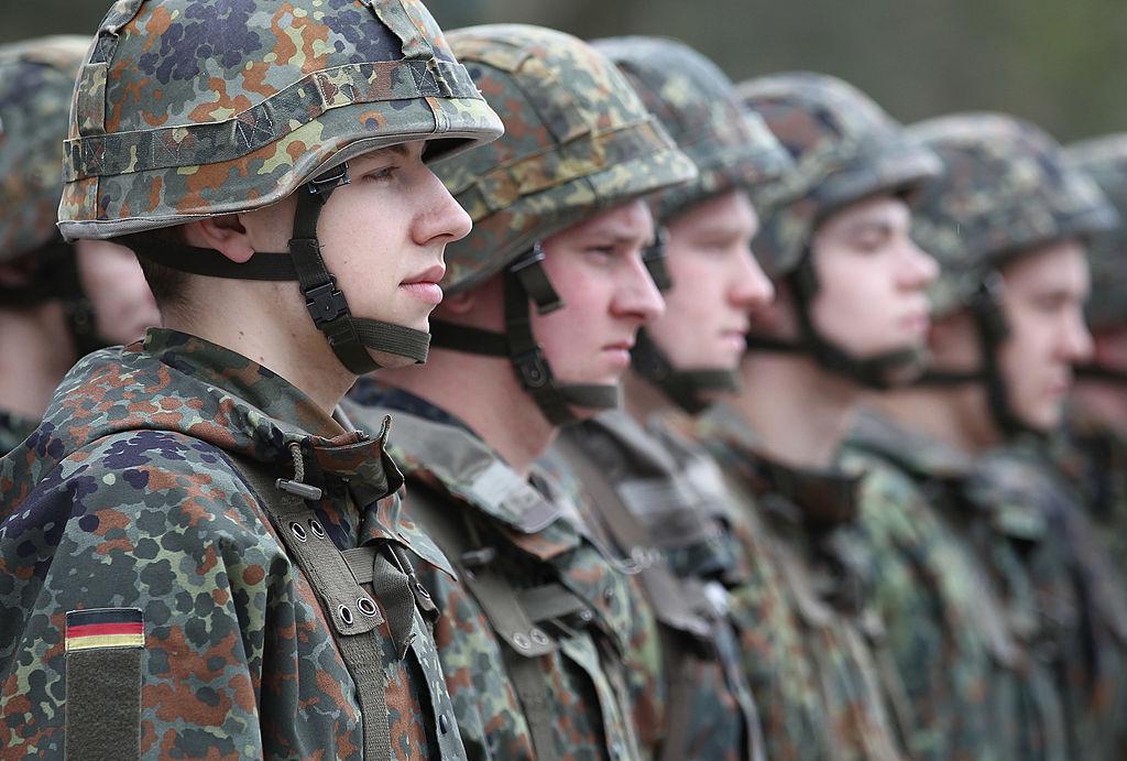 """Aufputschmittel-Problem in der Bundeswehr: Ausbilder wollen nicht so genau wissen was Soldaten sich """"einwerfen"""""""