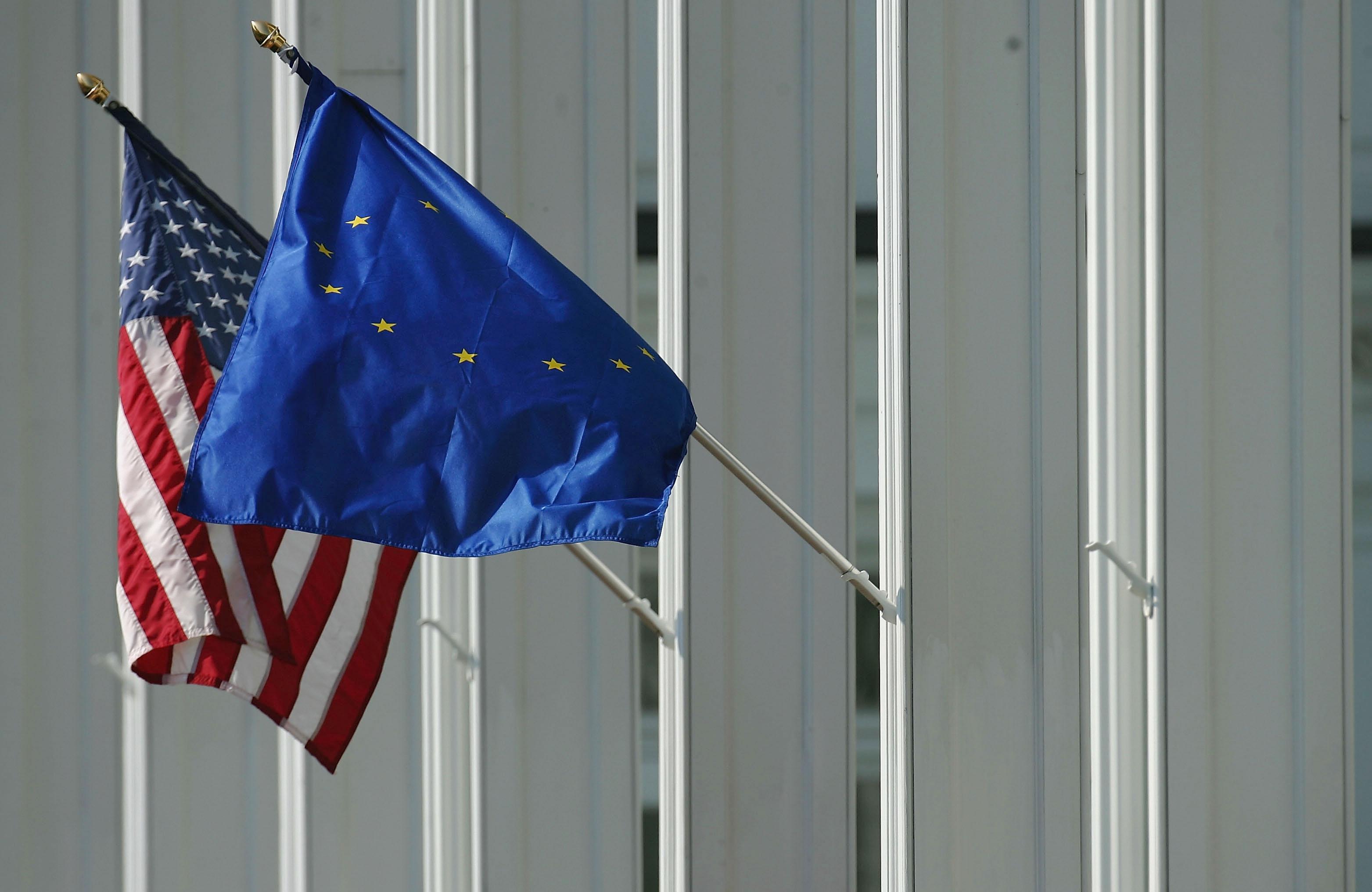 """Laptop-Verbot auch auf Flügen aus Europa? – EU will """"schnell"""" Gespräche mit den USA"""