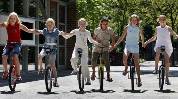 Einradfahren in der Gruppe. Foto: ROBERT VOS/AFP/Getty Images