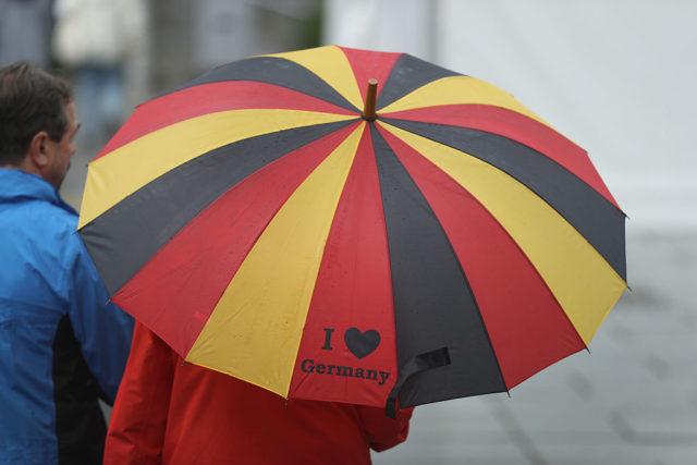 Deutschland-Schirm Foto: Sean Gallup/Getty Images