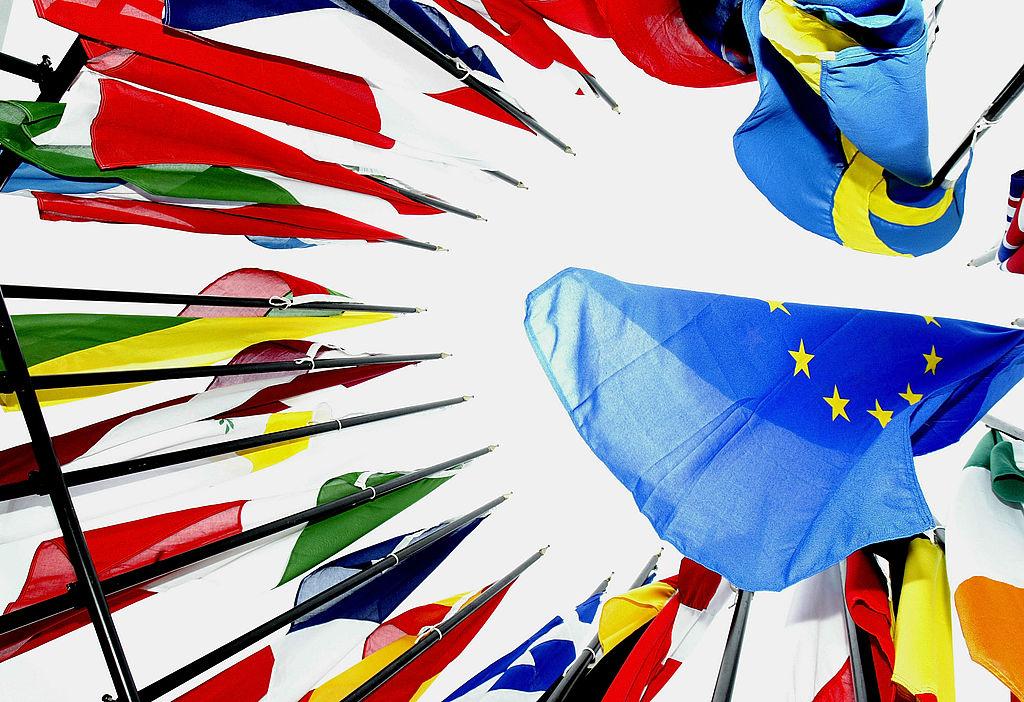 """EU-Arbeitslosenversicherung gefordert: """"Geschwächte Länder der Euro-Zone in Krise stabilisieren"""""""