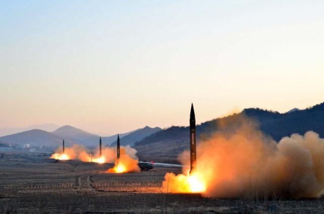 Nordkoreanische Raketentests. Foto: STR/AFP/Getty Images
