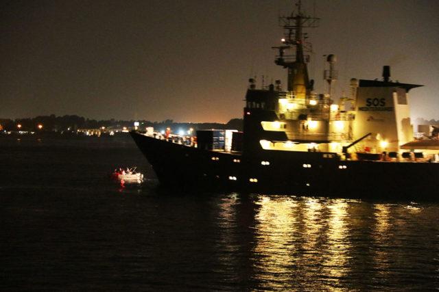 Schiffblockade2