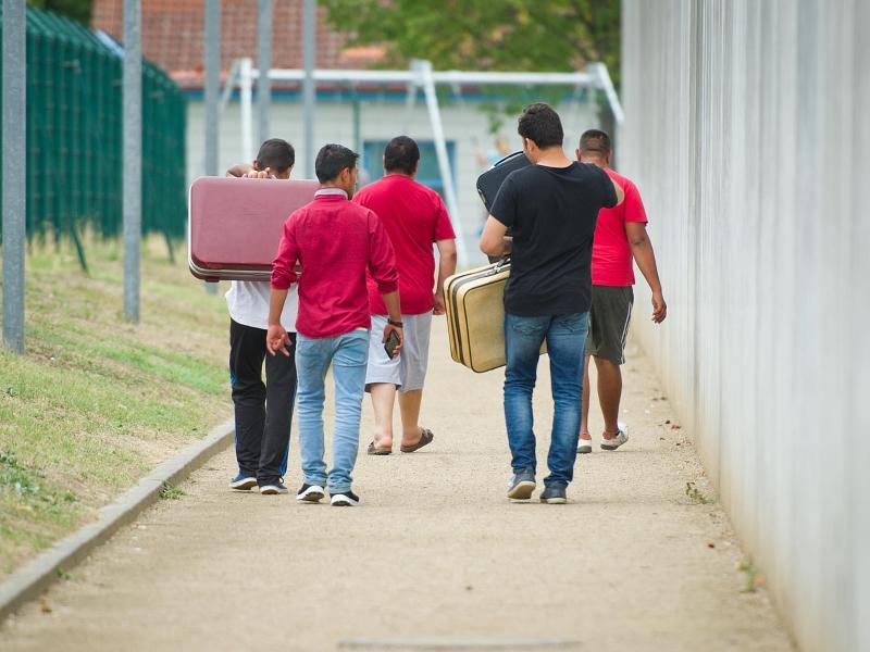 Flüchtlingskrise: Über eine Milliarde Euro verschwendet