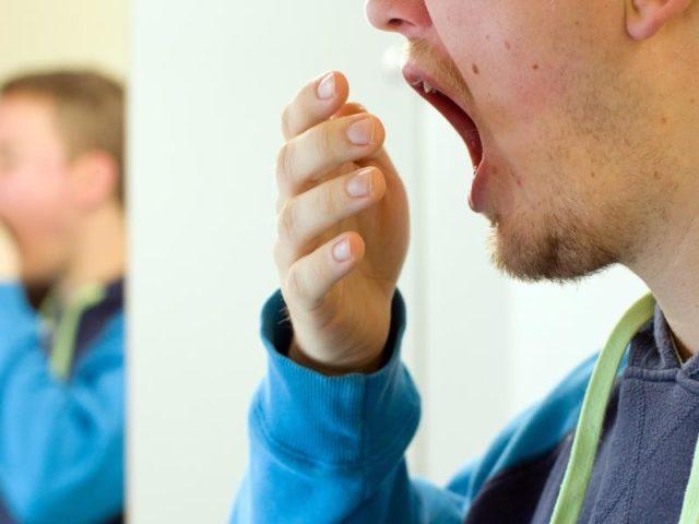 Rauchen aufgehört,Kloß im Hals,Husten,SchleimHILFE (Schmerzen, Lunge, bronchien)