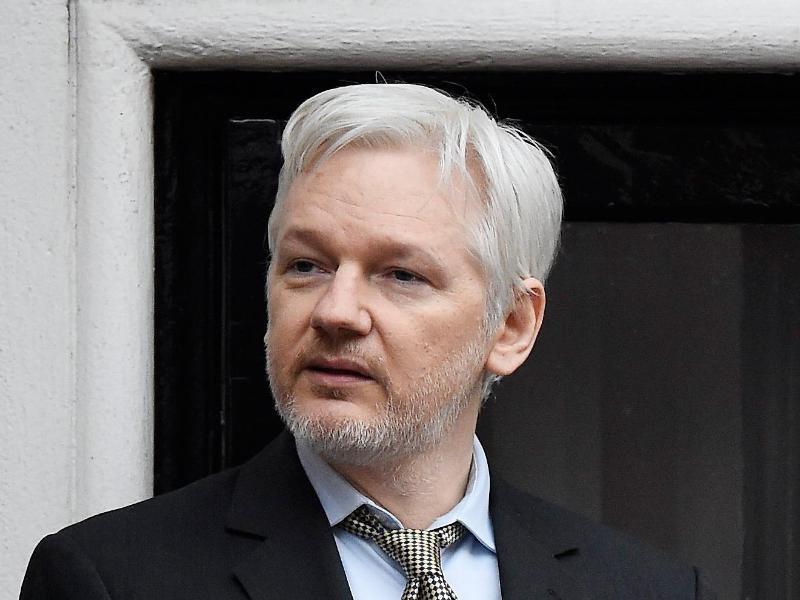 Wegen möglicher Vergewaltigung: Schwedische Staatsanwaltschaft beantragt Festnahme Assanges