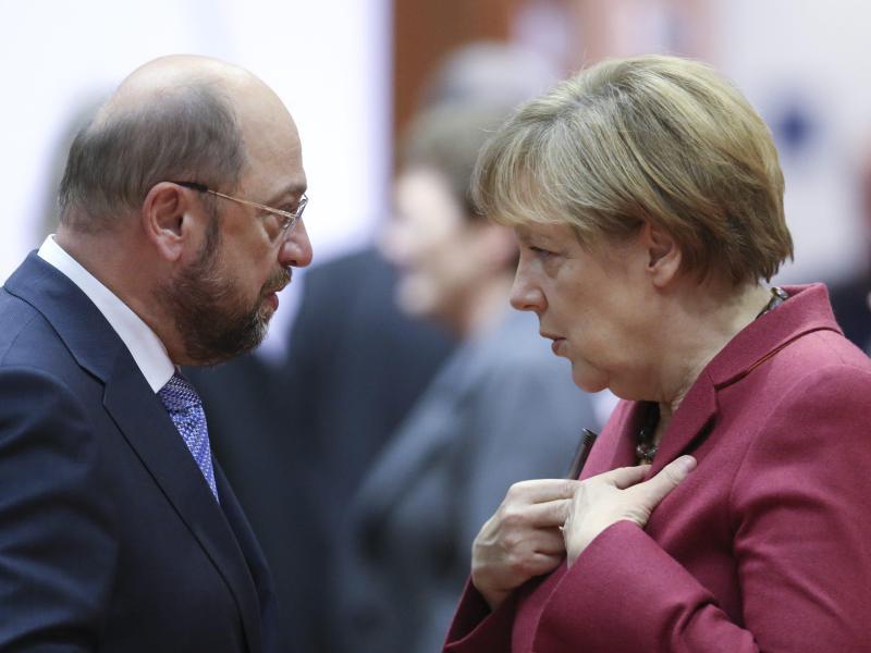 """Martin Schulz: Medien sind zu sanft mit Angela Merkel – Politische Mitte ist """"sediert"""""""