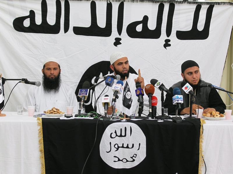 Ungewöhnlich: Islamistengruppe löst sich nach schweren Verlusten auf