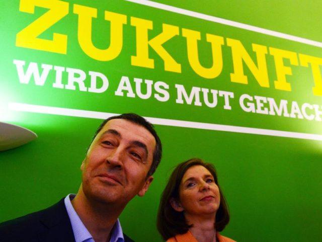 Die Bundesvorsitzenden der Partei Bündnis 90/Die Grünen, Cem Özdemir und Katrin Göring-Eckardt. Foto: Maurizio Gambarini/Archiv/dpa