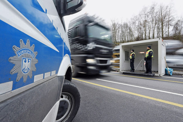 PASSAU, GERMANY - JANUARY 28:  German federal police control cars on the A3 highway near the border to Austria on a section used by arriving migrants and refugees on January 28, 2016 near Passau, Germany. The flow of migrants arriving in Passau has dropped to between 500 and 1,000 per day, down significantly from last November, when in the same region up to 6,000 migrants were arriving daily. German police only allows migrants to enter who say they will apply for asylum in Germany. Those who say they want to continue to other countries, such as Denmark or Sweden, are denied entry and brought back to Austria.  (Photo by Johannes Simon/Getty Images)
