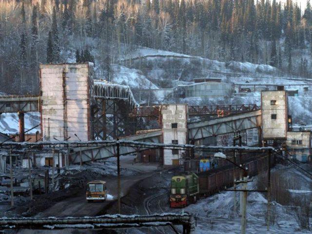 Bergwerk in Sibirien:Die angestrebten US-Sanktionen zielen auf wichtige Bereiche der russischen Wirtschaft ab, darunter den Bergbau. Foto: Rashid Salikhov/dpa