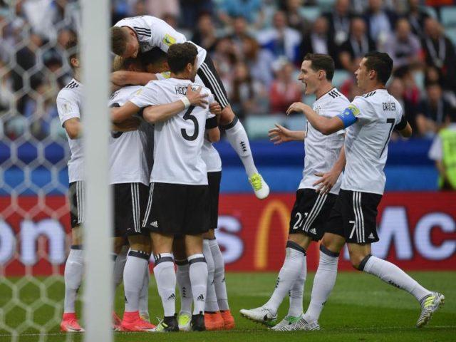 Die junge DFB-Auswahl feierte einen 3:2-Sieg gegen Australien. Foto: Martin Meissner/dpa