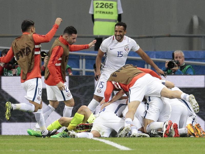 Chiles «Krieger» mit Pathos ins Confed-Cup-Finale